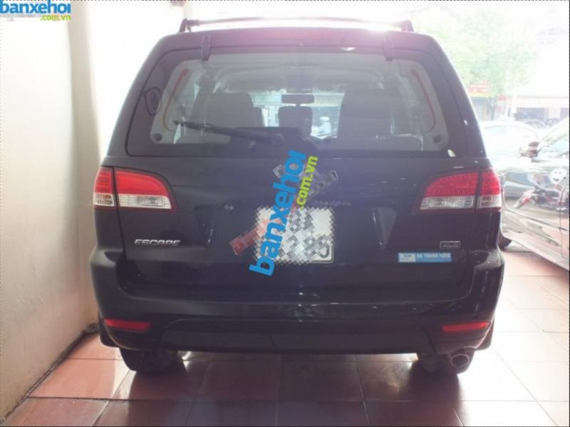 Xe Ford Escape XLS 2012-3