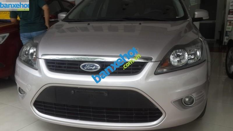 Xe Ford Focus AT 2011-0
