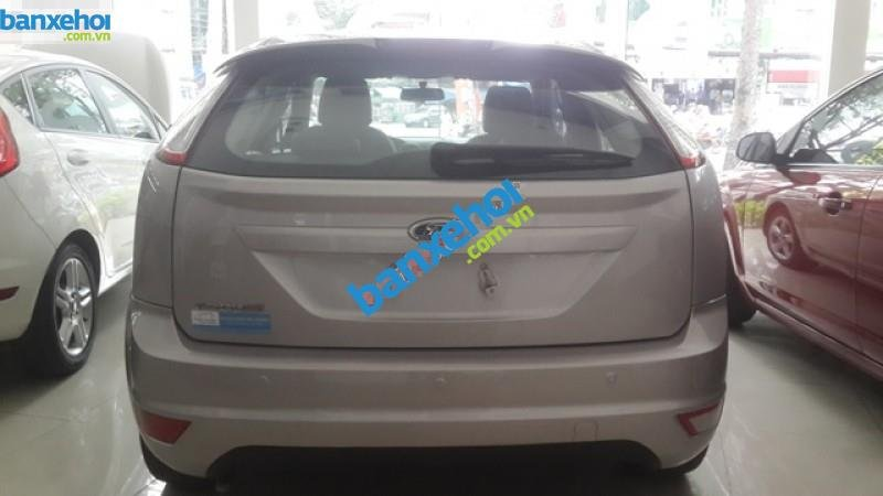 Xe Ford Focus AT 2011-5