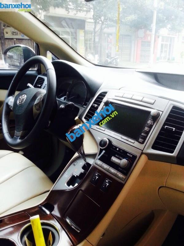 Xe Toyota Venza 2.7AT 2009-5