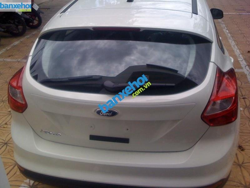 Xe Ford Focus 1.6AT 2014-3
