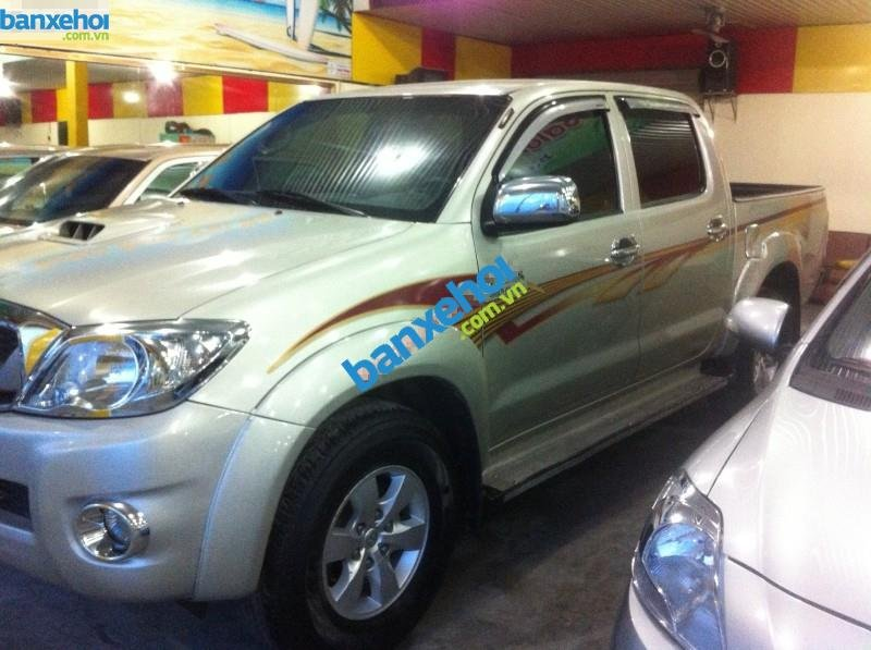 Xe Toyota Hilux G 2010-4