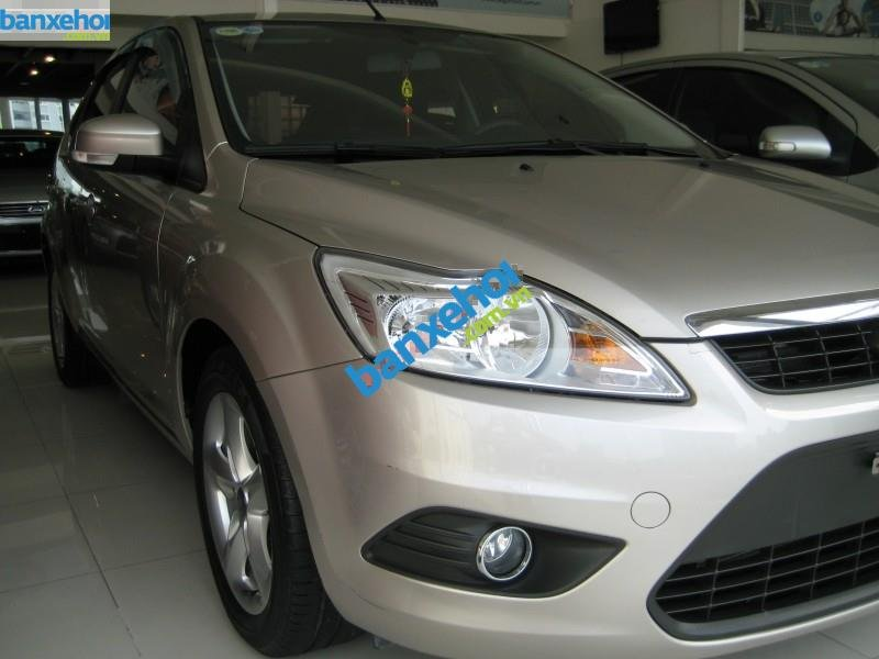 Xe Ford Focus  2011-2