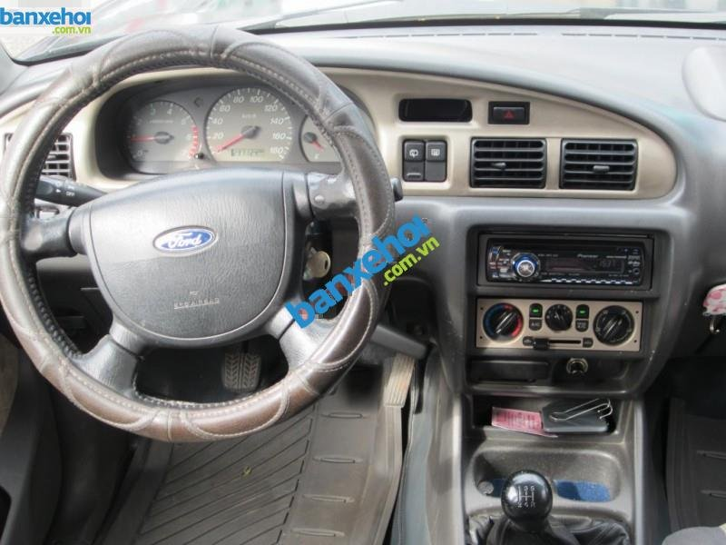 Xe Ford Escape  2005-5