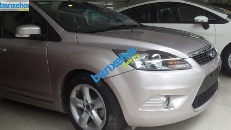 Xe Ford Focus AT 2011-1