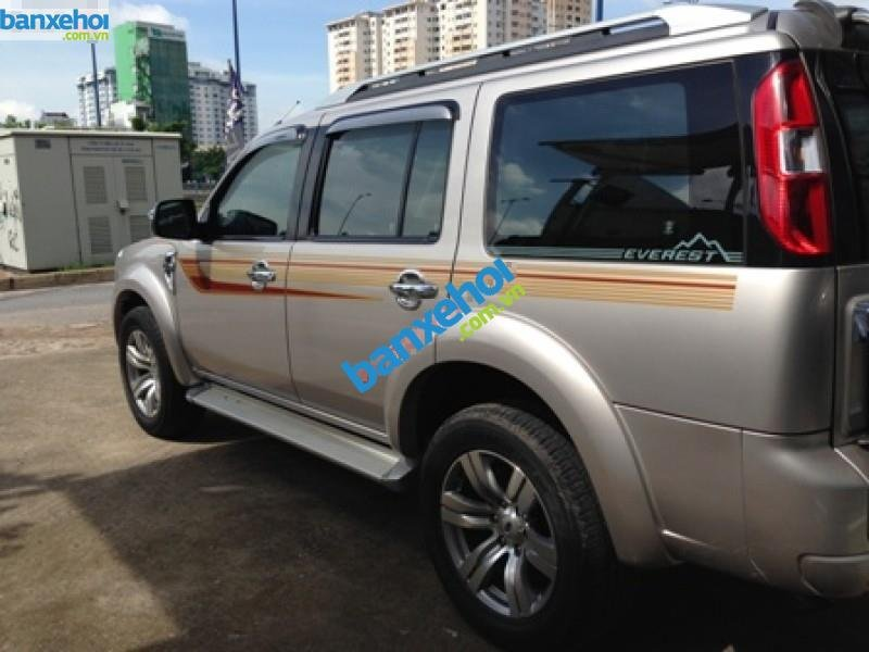 Xe Ford Everest  2011-2