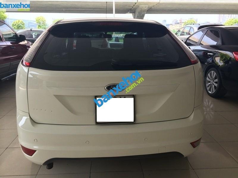 Xe Ford Focus  2010-2