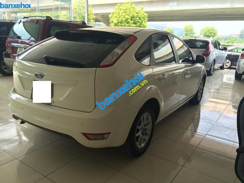 Xe Ford Focus  2010-3