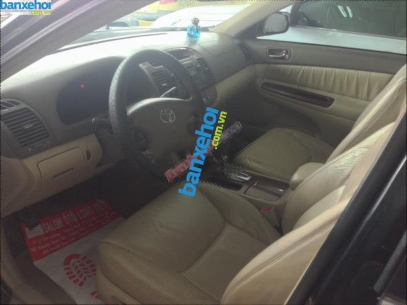 Xe Toyota Camry 3.0 2004-5