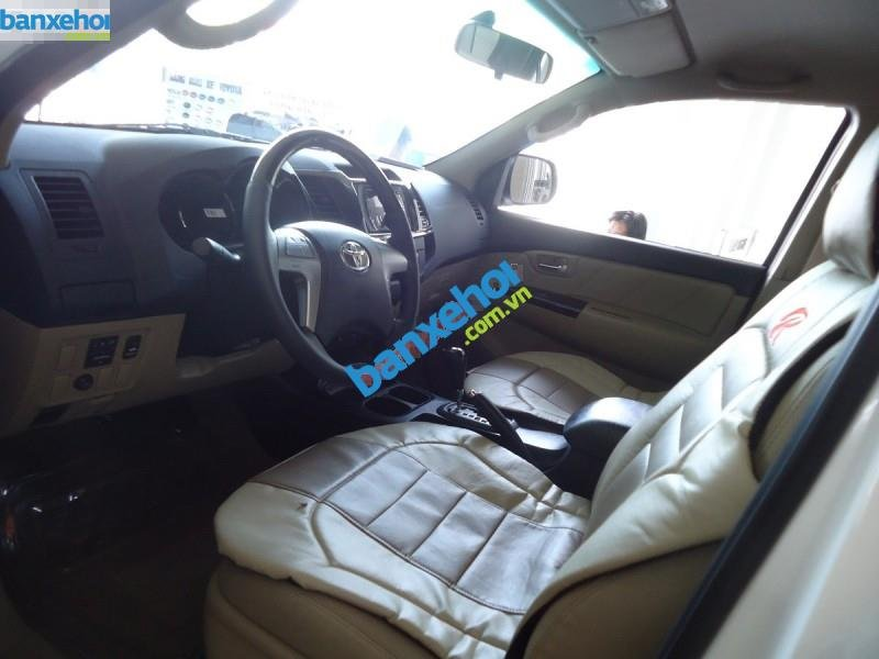 Xe Toyota Fortuner TRD Sportivo 4x2AT 2014-4