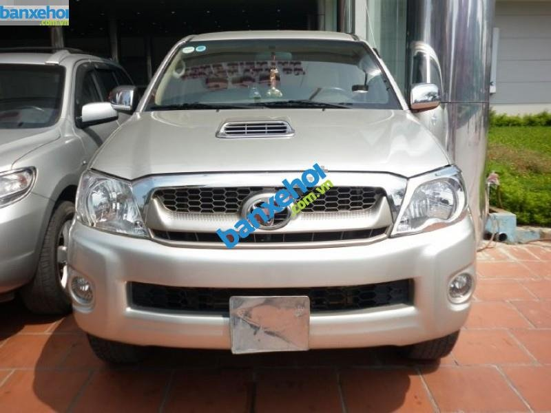 Xe Toyota Hilux 3.0 2010-0