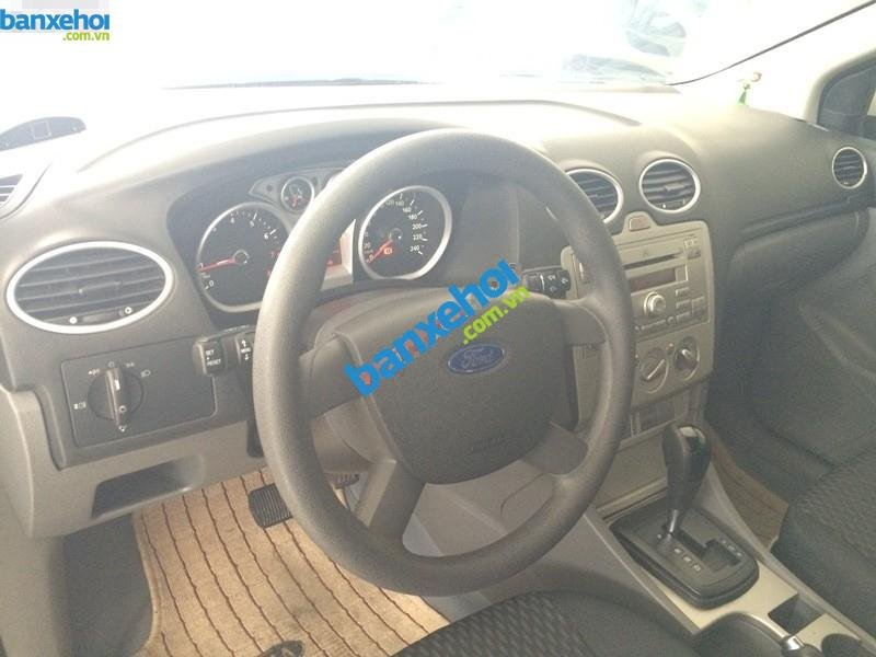Xe Ford Focus  2010-5