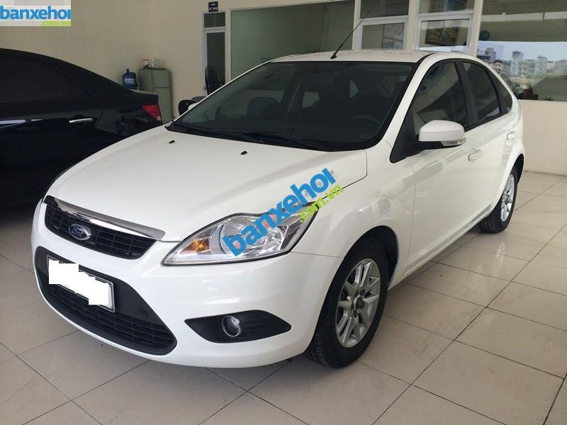 Xe Ford Focus  2010-1