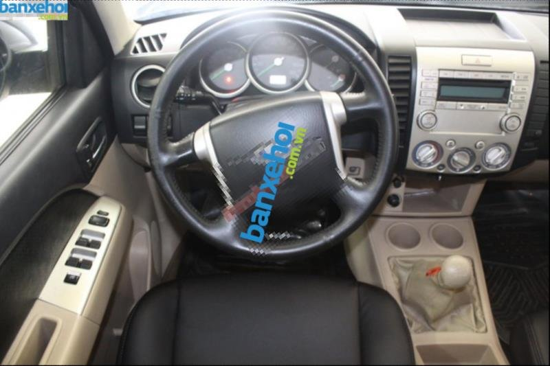 Xe Ford Everest  2007-7