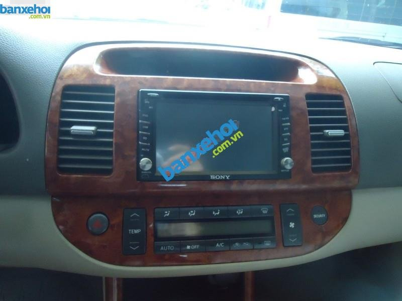 Xe Toyota Camry 2.4MT 2004-8