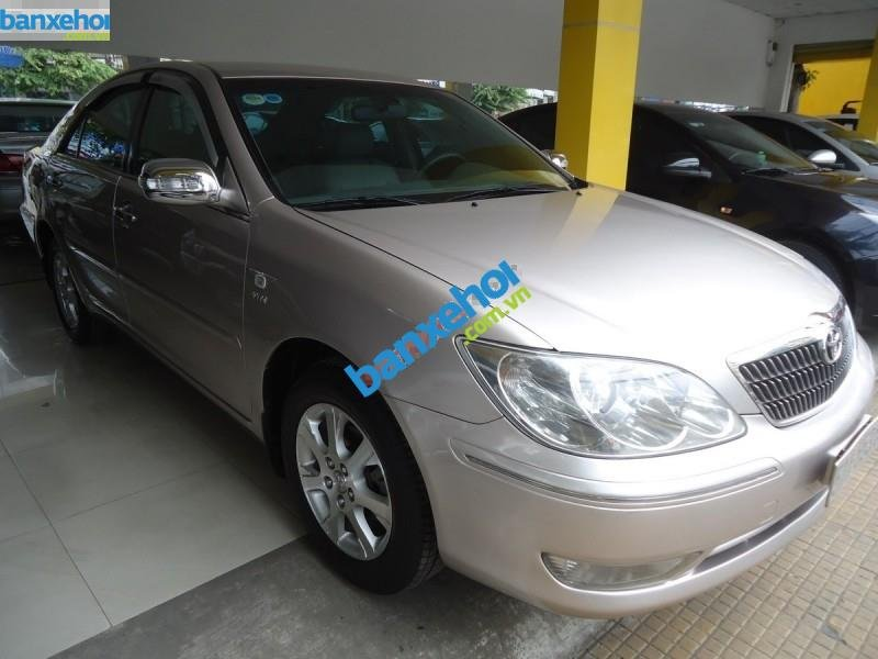 Xe Toyota Camry 2.4MT 2004-1