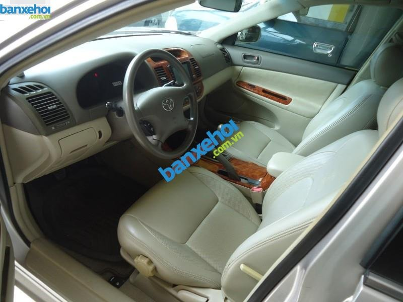 Xe Toyota Camry 2.4MT 2004-5