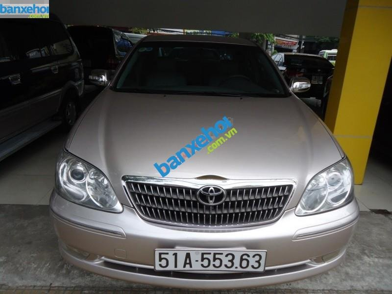 Xe Toyota Camry 2.4MT 2004-0