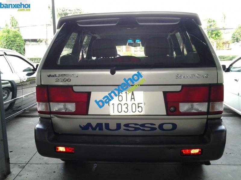 Xe Ssangyong Musso 4x4MT 2007-2