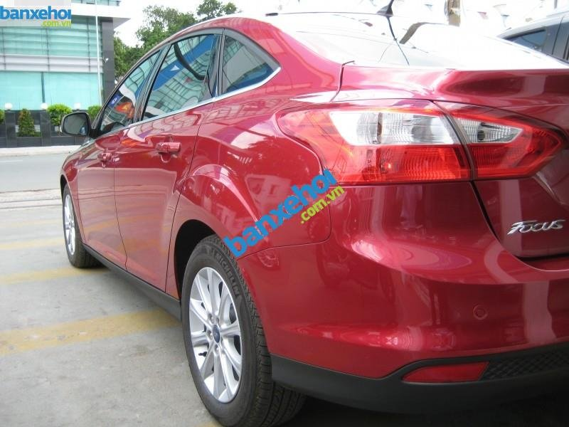 Xe Ford Focus 2.0L AT 2013-5