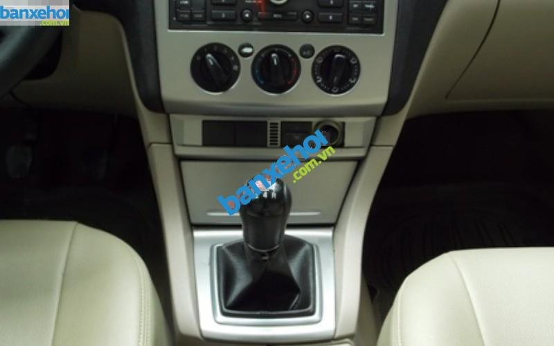 Xe Ford Focus 1.8MT 2007-6