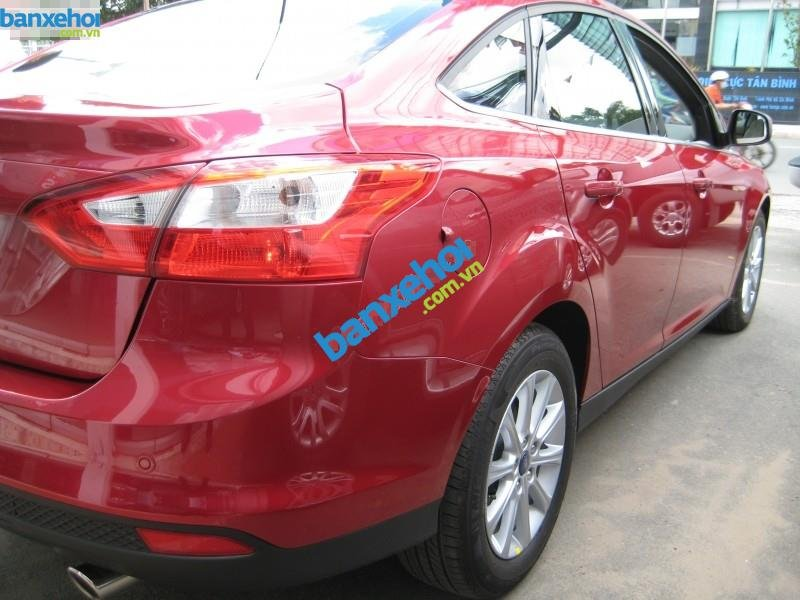 Xe Ford Focus 2.0L AT 2013-4