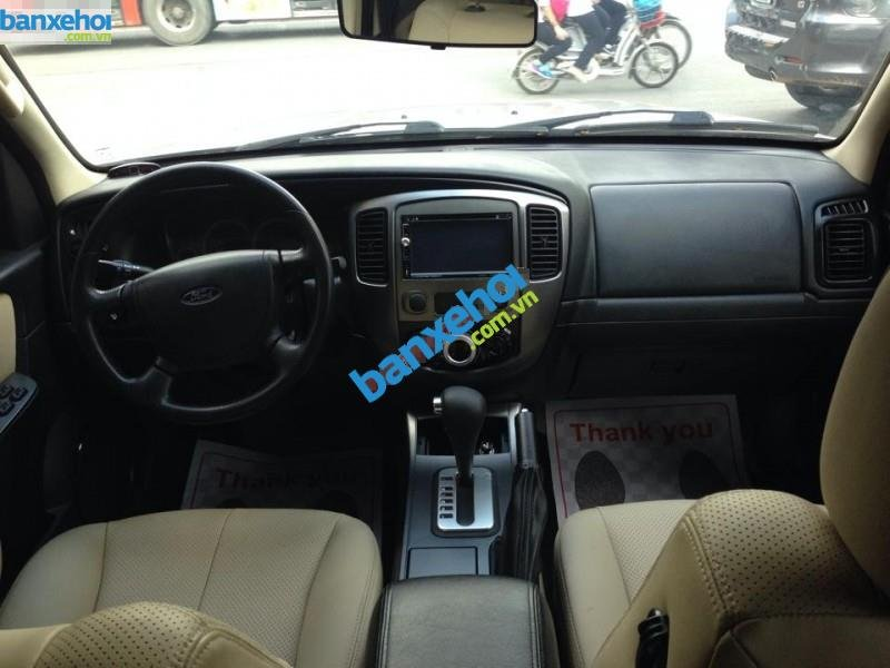 Xe Ford Escape XLS 2013-4
