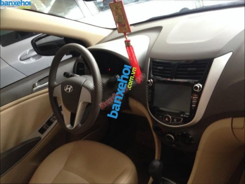 Xe Hyundai Accent 1.4AT 2011-15