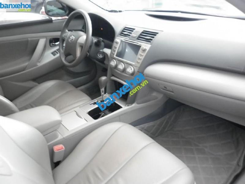 Xe Toyota Camry LE 2010-6