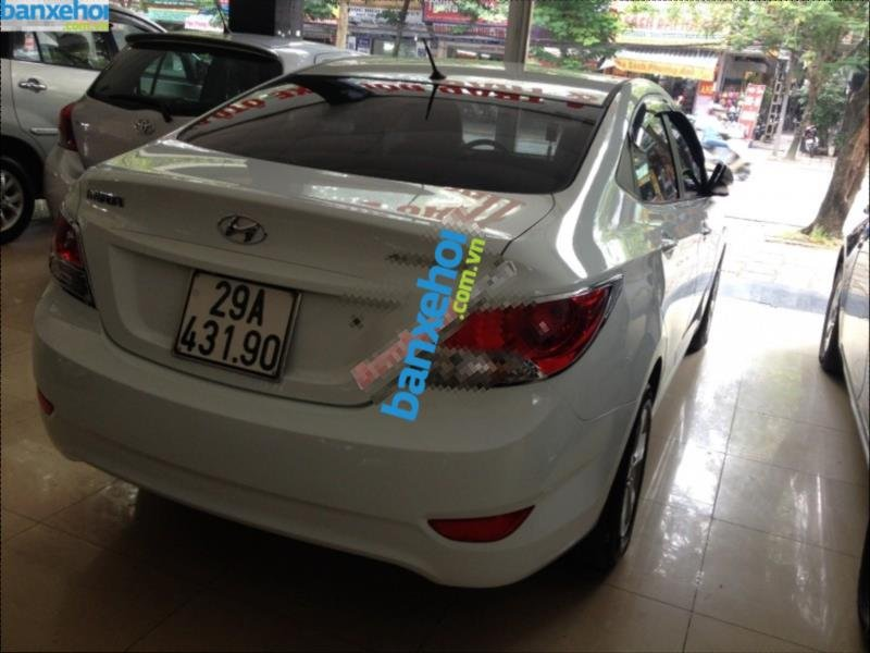 Xe Hyundai Accent 1.4AT 2011-12