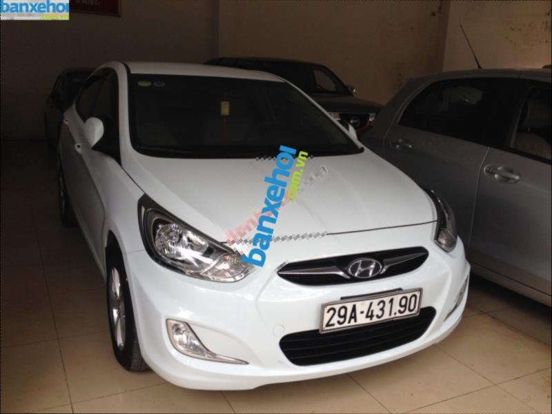 Xe Hyundai Accent 1.4AT 2011-1