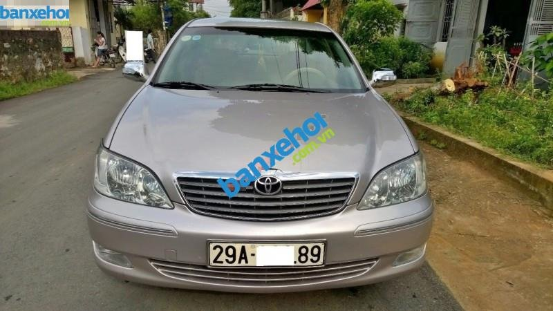 Xe Toyota Camry 2.4G MT 2003-0