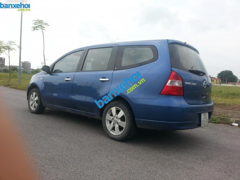 Xe Nissan Grand livina 1.8AT 2010-3