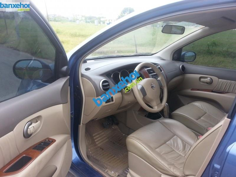Xe Nissan Grand livina 1.8AT 2010-6