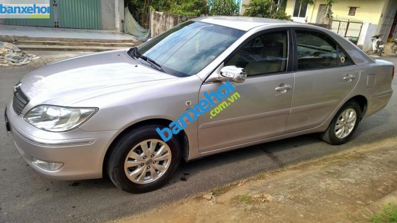 Xe Toyota Camry 2.4G MT 2003-2