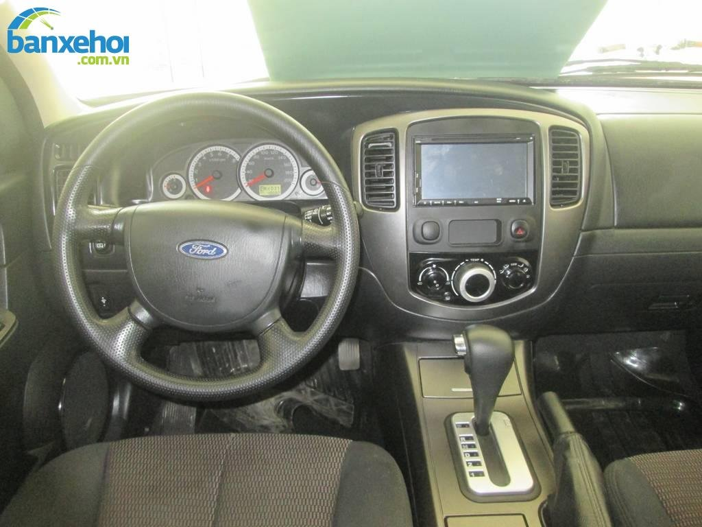 Xe Ford Escape  2009-8