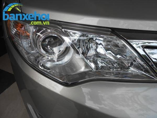 Xe Toyota Camry XLE 2013-2