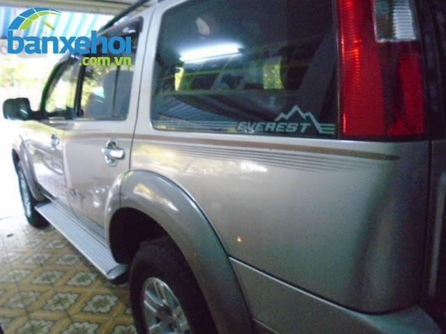 Xe Ford Everest  2008-8
