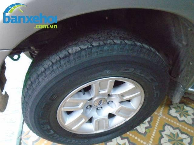 Xe Ford Everest  2008-2