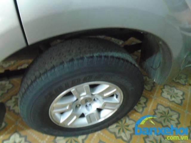 Xe Ford Everest  2008-7