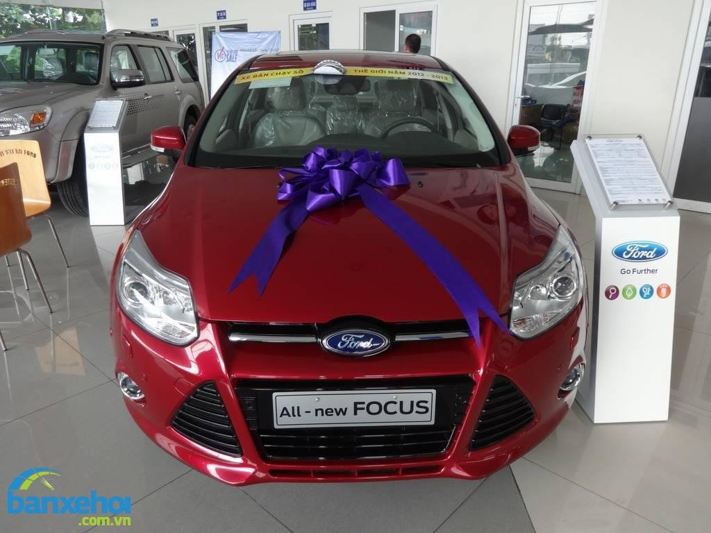 Xe Ford Focus  2014-0