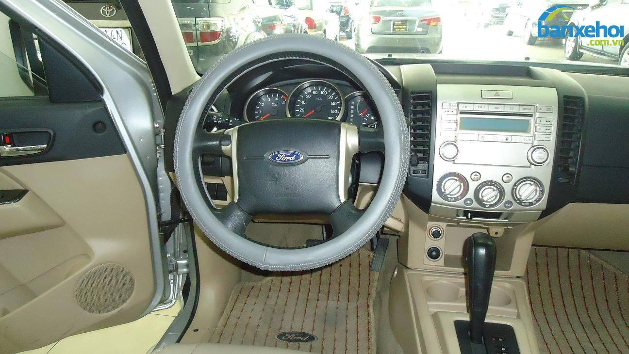Xe Ford Everest  2009-7