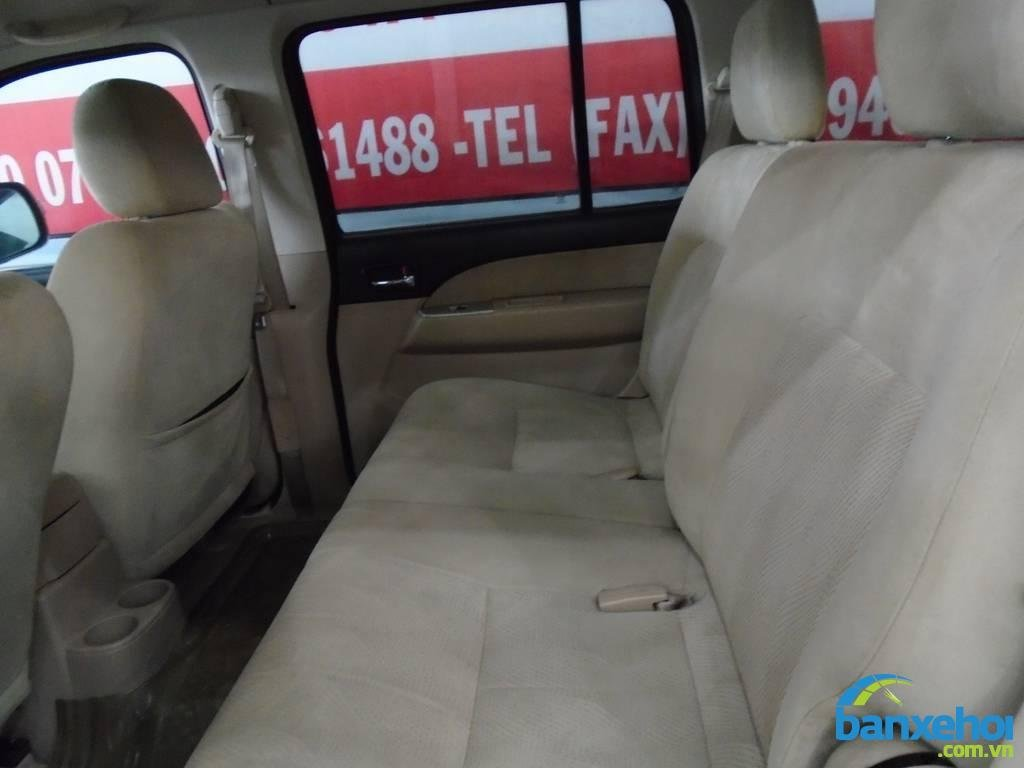 Xe Ford Everest  2009-10