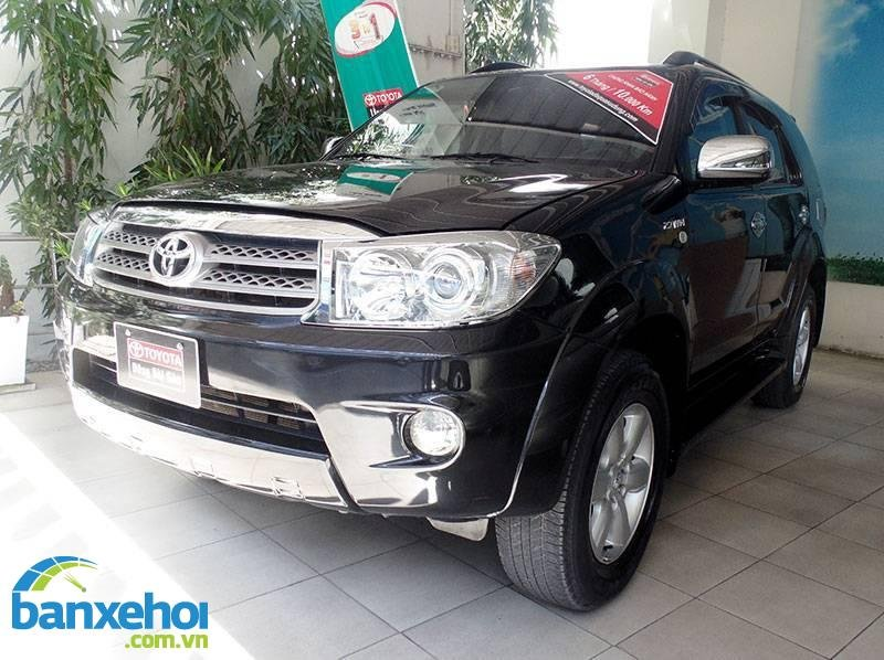 Xe Toyota Fortuner  2011-1
