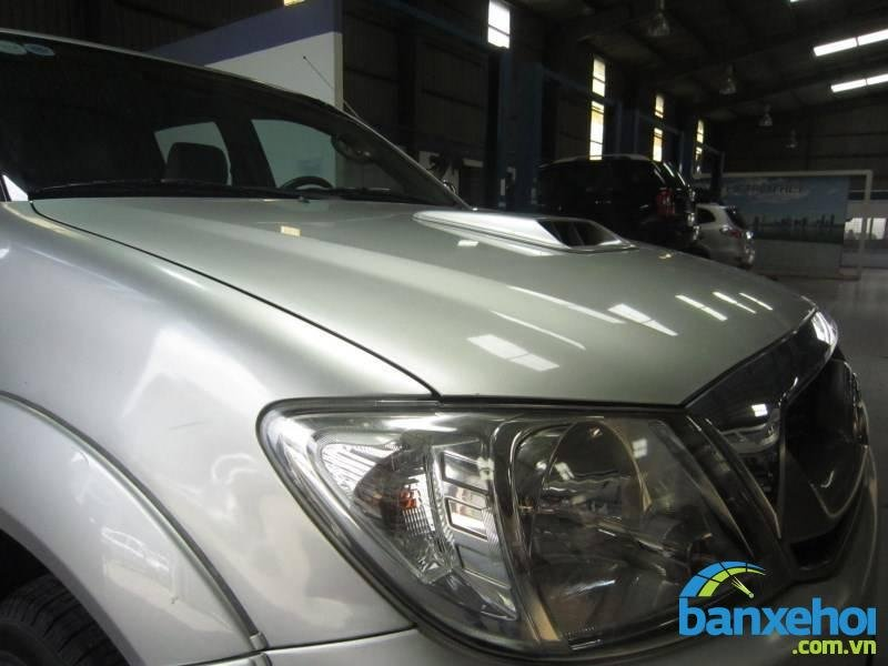 Xe Toyota Hilux  2009-10