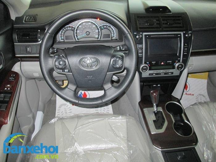 Xe Toyota Camry  2014-7