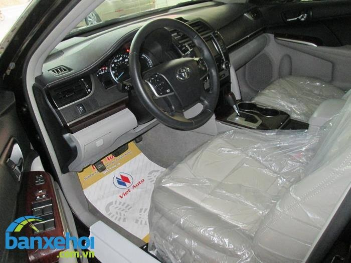 Xe Toyota Camry  2014-6