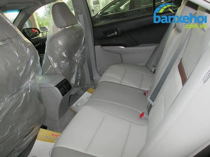 Xe Toyota Camry  2014-11