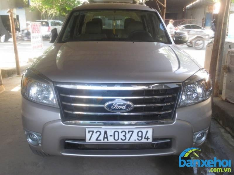 Xe Ford Everest Limited 2012-0