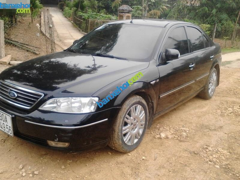 Xe Ford Mondeo 2.5 V6 2003-0